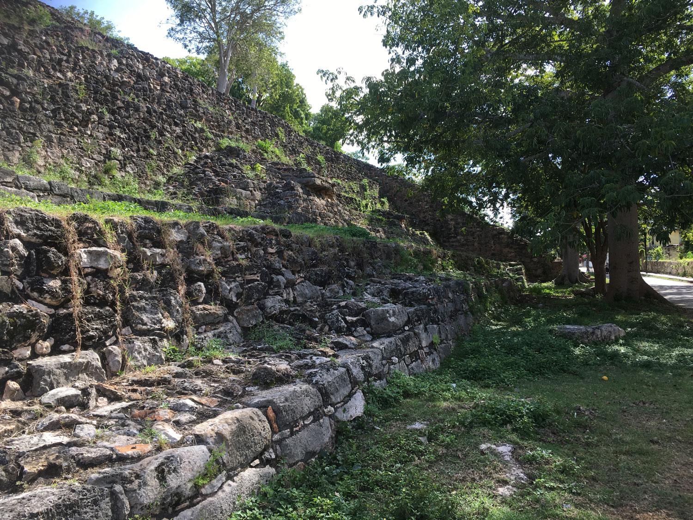 K'inich ruins, bottom base at street level.