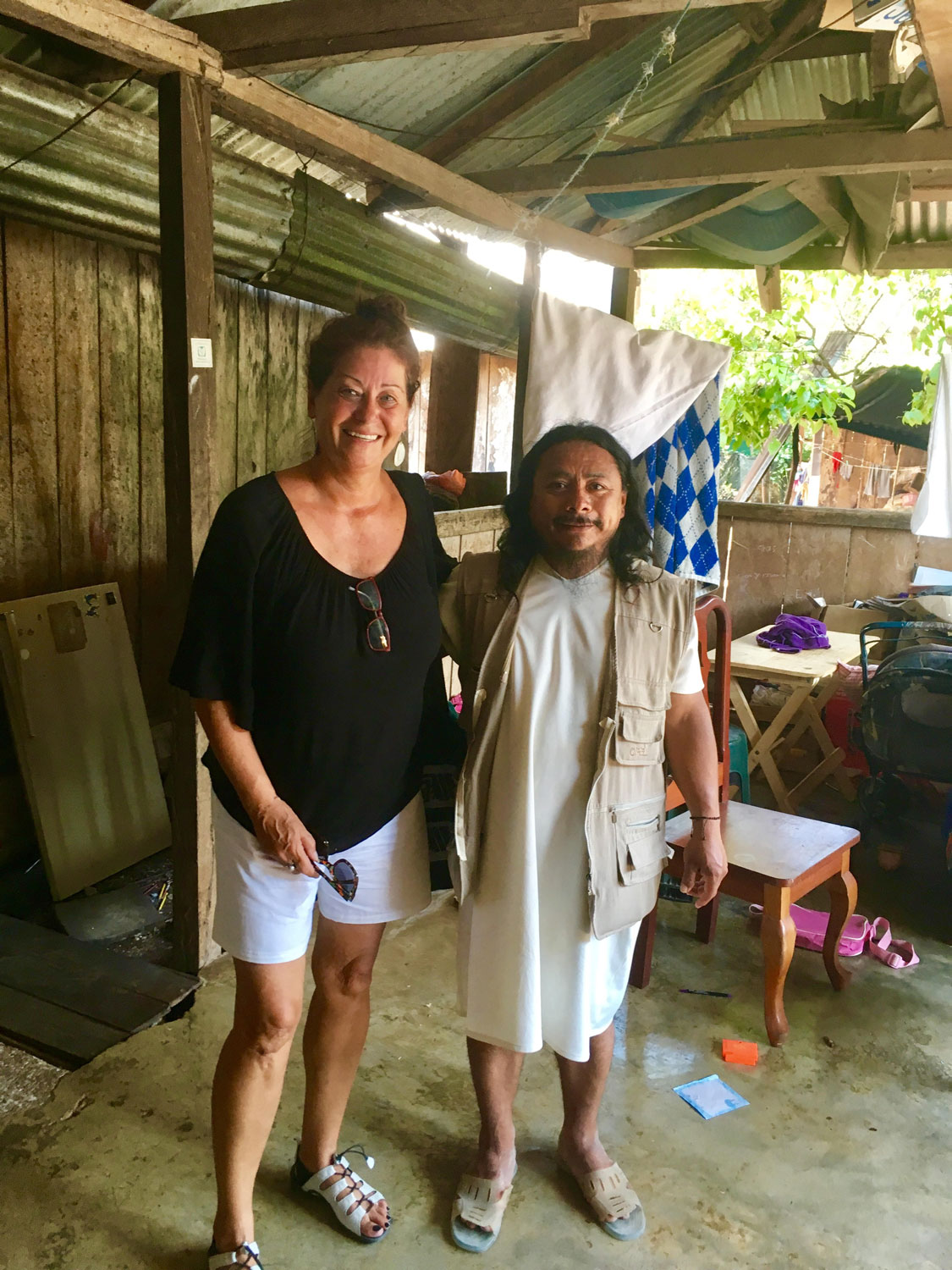With Chan Bor Yuk ( Little Bee ) aka Elias in his Lacanjá house in 2017.