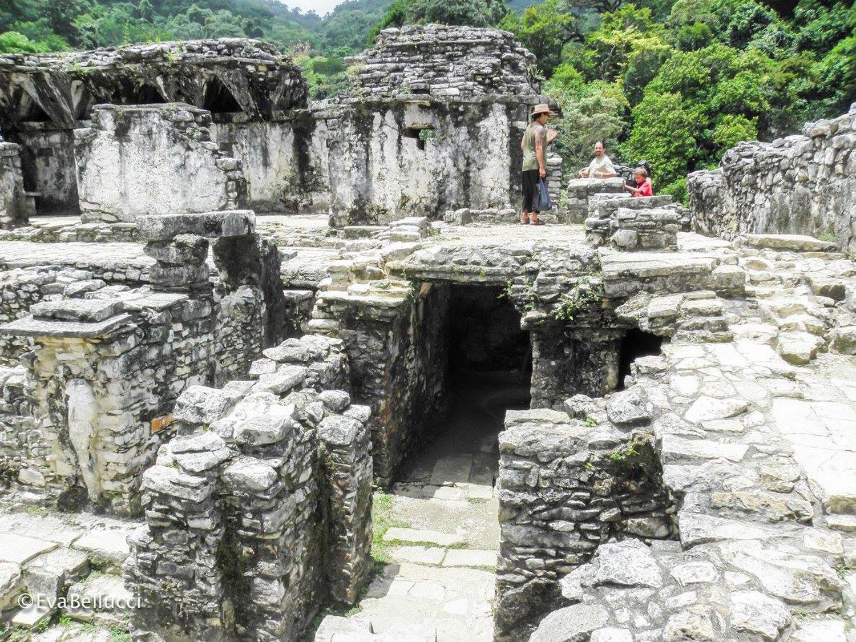 Hammocks_and_Ruins_Town_Villages_Chiapas_Lakes_Rivers_Jungles_Highlands_Ruins_Palenque_Maya_City_12.jpg