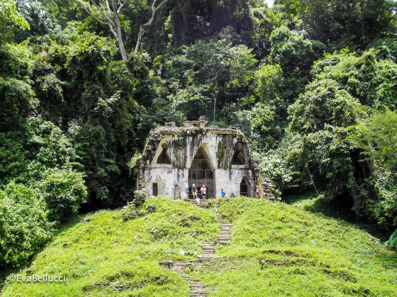 Temple of the Foliated Cross. Photo: Eva Bellucci.