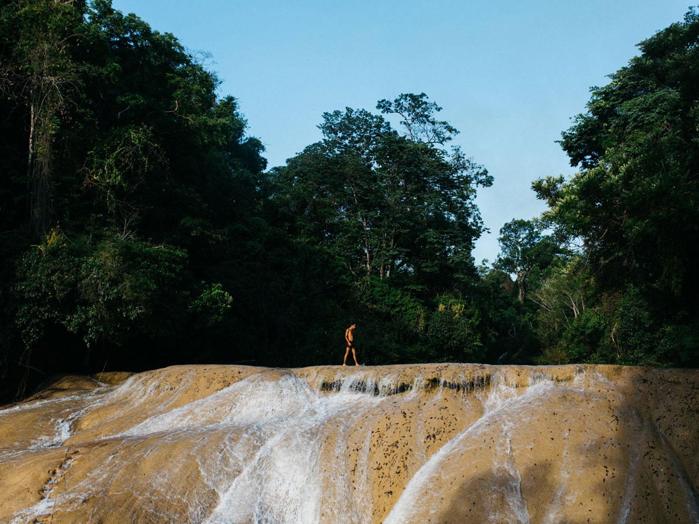 Hammocks_and_Ruins_Town_Villages_Chiapas_Lakes_Rivers_Jungles_Highlands_Agua_Azul_Waterfalls19.jpg