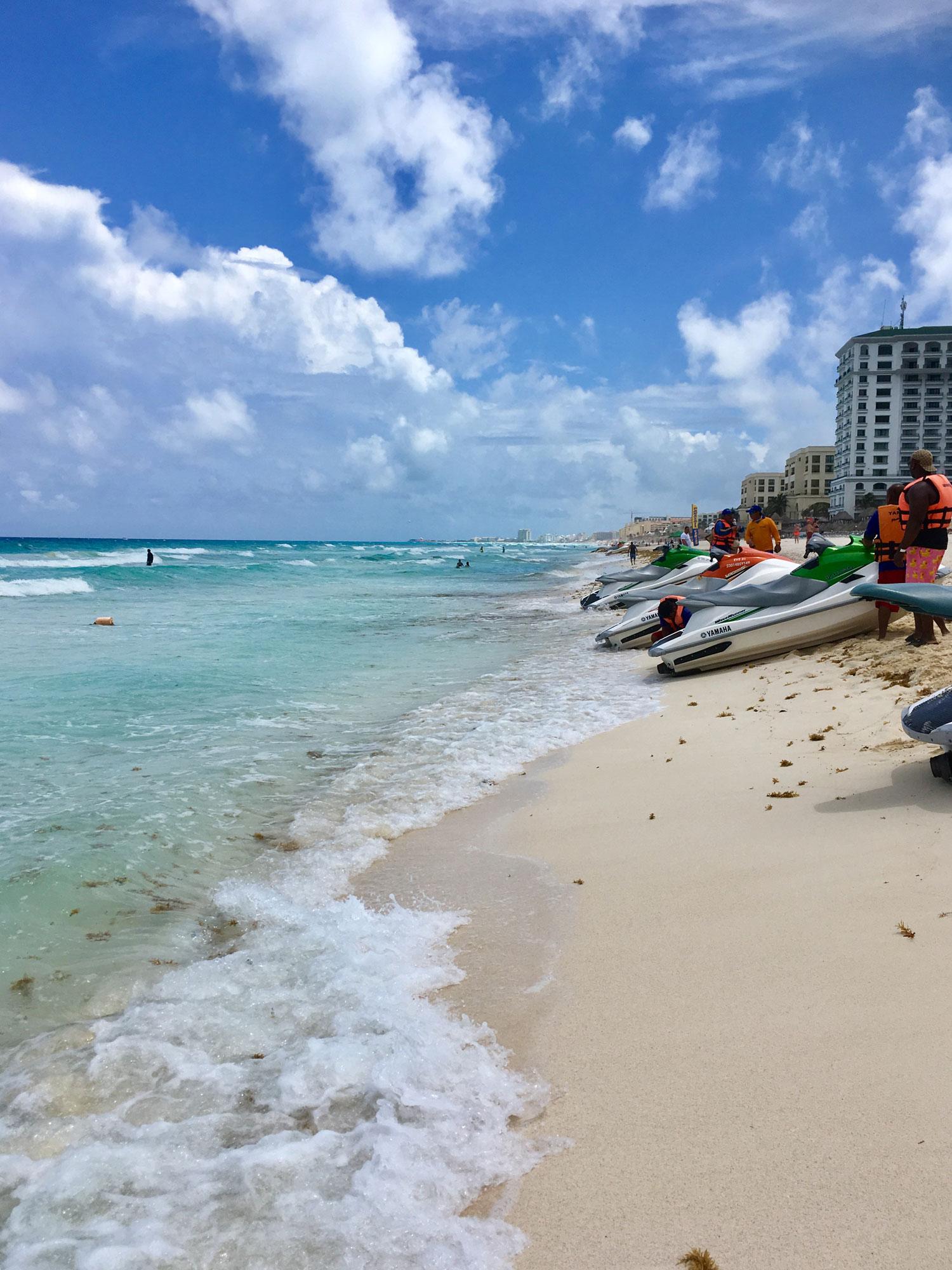 Hammocks_and_Ruins_Riviera_Maya_Mexico_Explore_What_to_Do_Yucatan_Cancun_Beaches_Playa_Ballenas_10.jpg