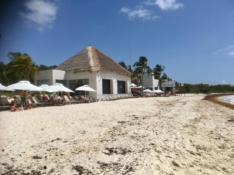 The beach club building.
