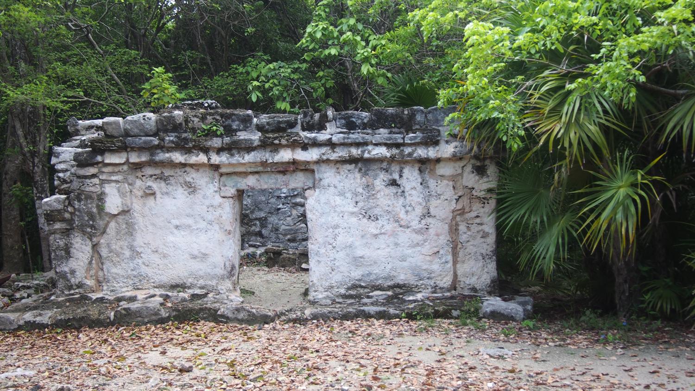 Hammocks_and_Ruins_Riviera_Maya_What_to_Do_Playa_Del_Carmen_Tulum_Ruins_Xcaret_100.jpg