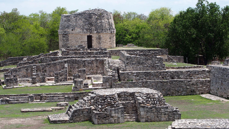 Hammocks_and_Ruins_Blog_Riviera_Maya_Mexico_Travel_Discover_Yucatan_What_to_do_Maya_Archeology_Mayapan_Ruins_102.jpg