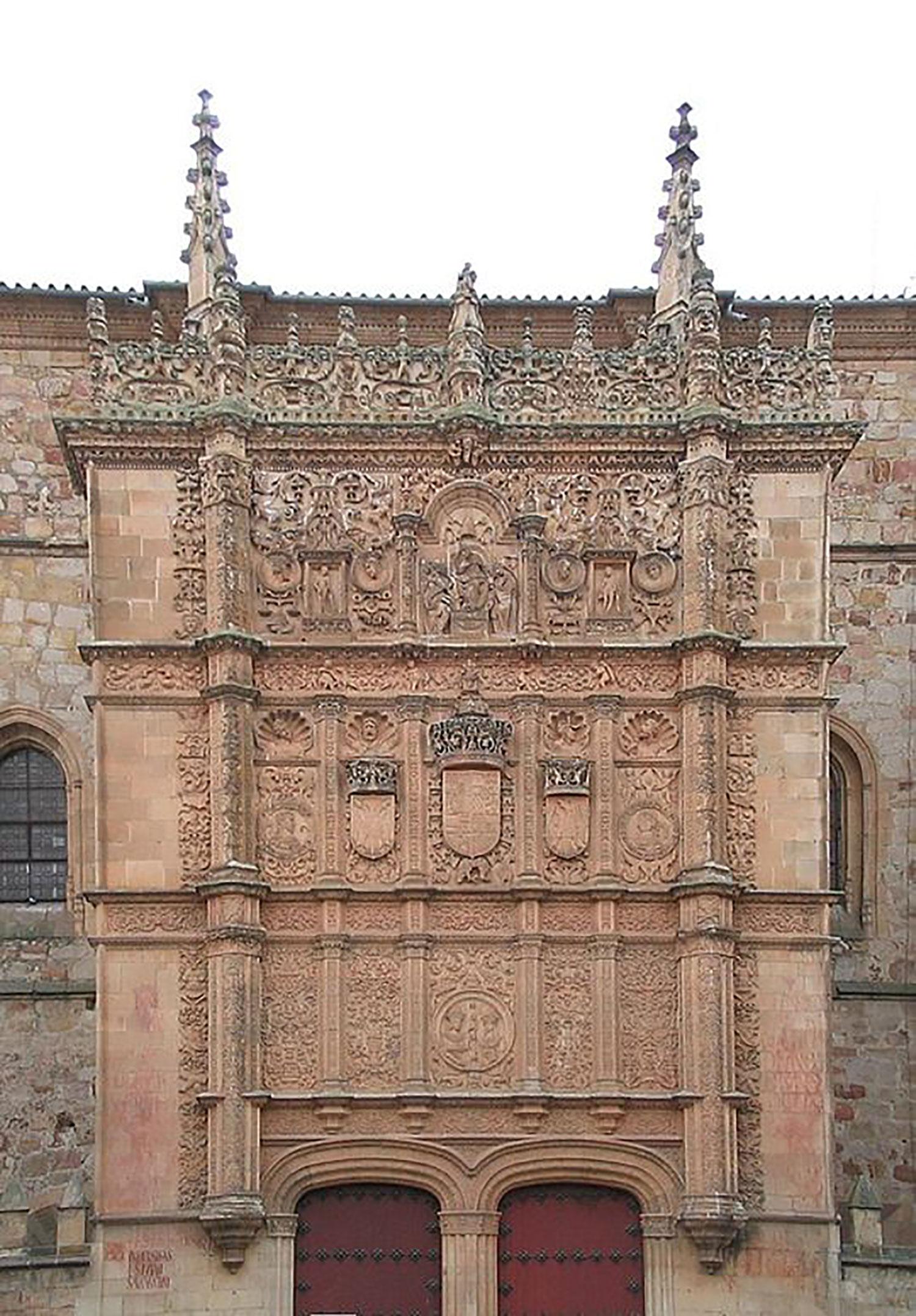 The façade of the University of Salamanca:  wikipedia.org .