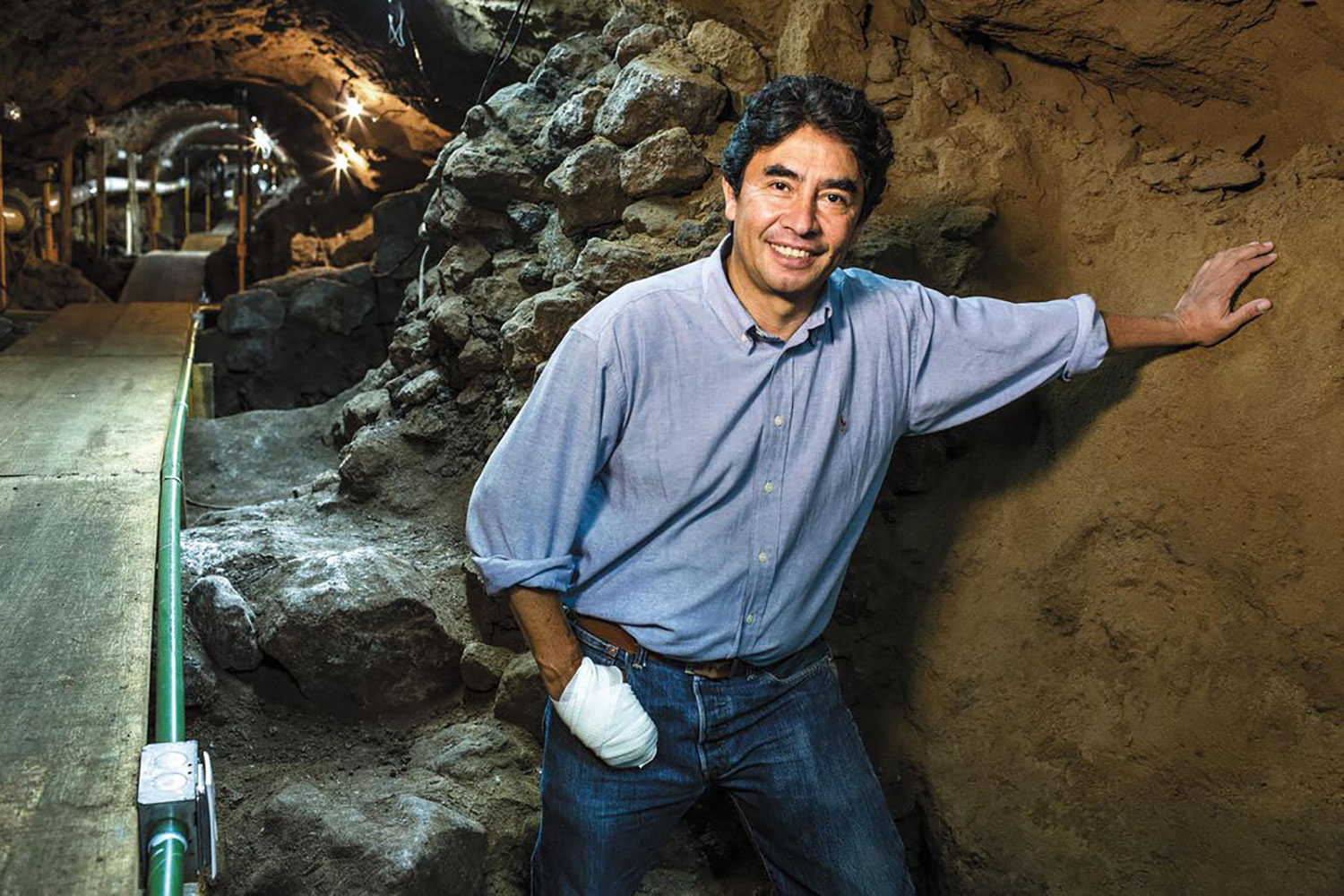 Sergio Gómez in the tunnel that he discovered:  smithsonianmag.com .