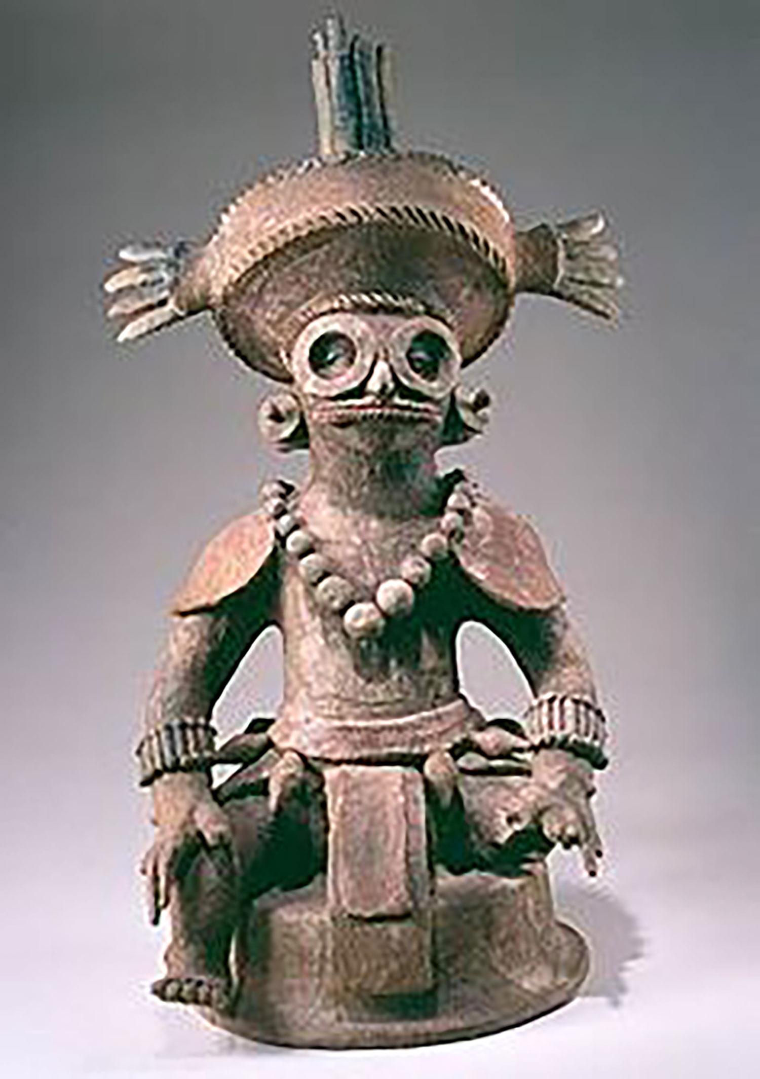 Copán's King K'inich Yax K'uk Moh (insence burner):  pinterest.com .