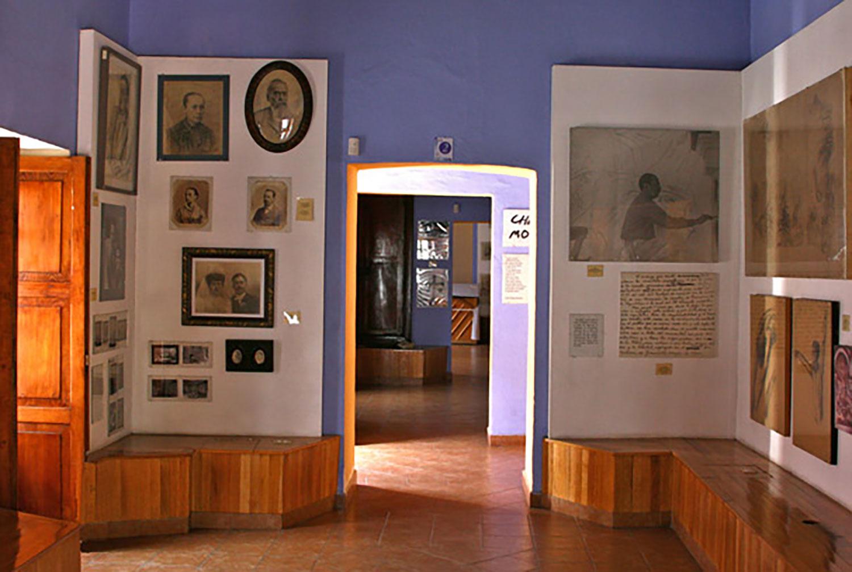Hammocks_and_Ruins_Mayan_Mythology_What_to_Do_Mexico_Maya_Diego_Rivera_Museum_Guanjuato_11.jpg