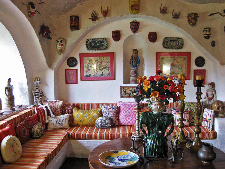The living room:  culturacolectiva.com .
