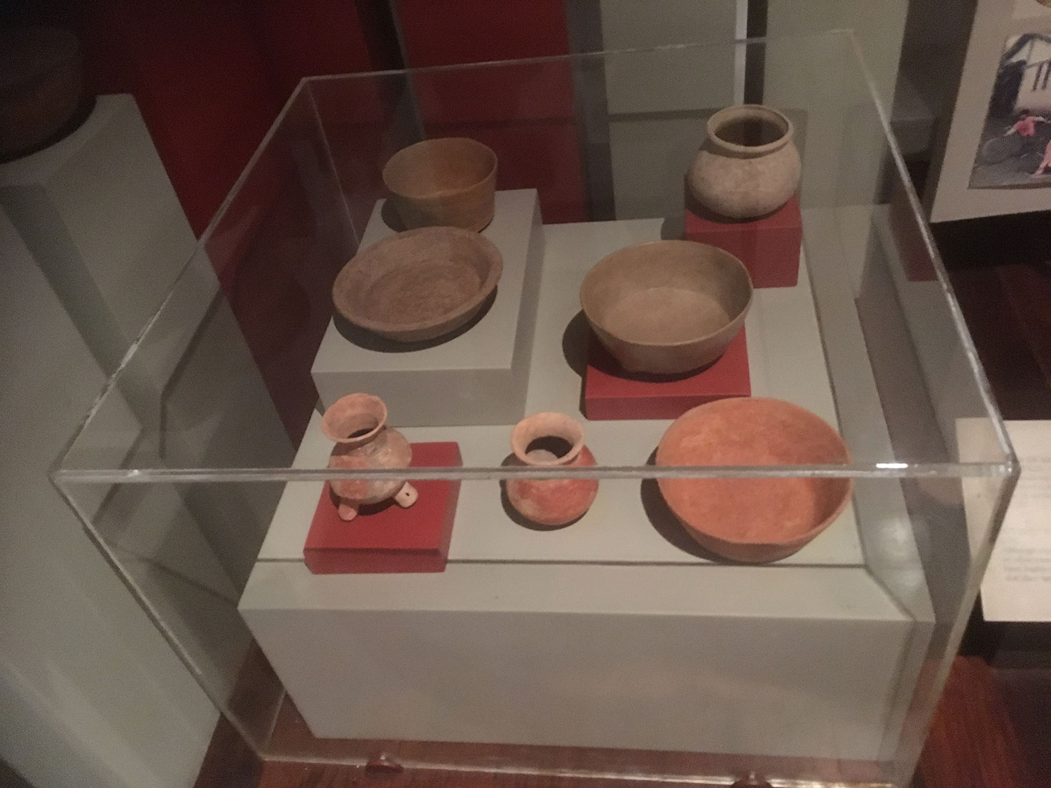 Ancient ceramics from the island. Simple and elegant.