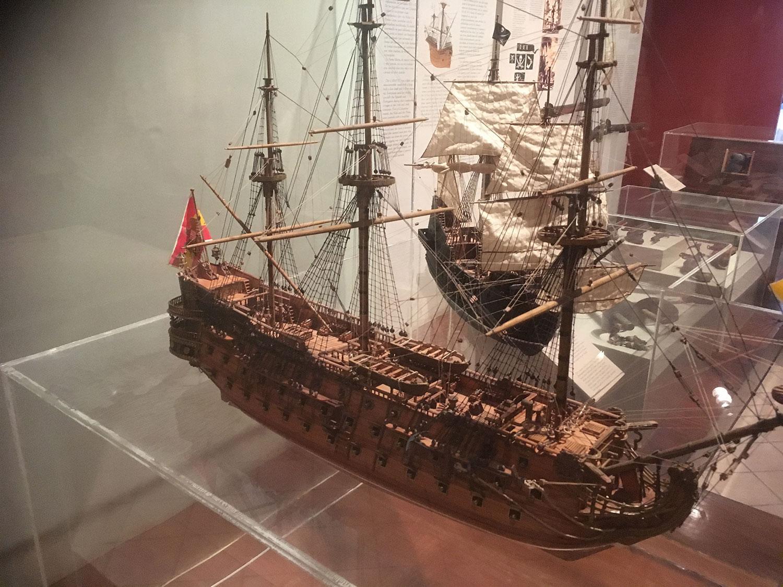 Models of Spanish ships.