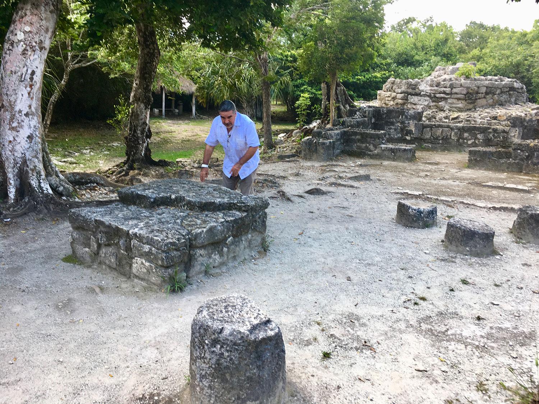 Ah Men (shaman) Eduardo at the ruin site.