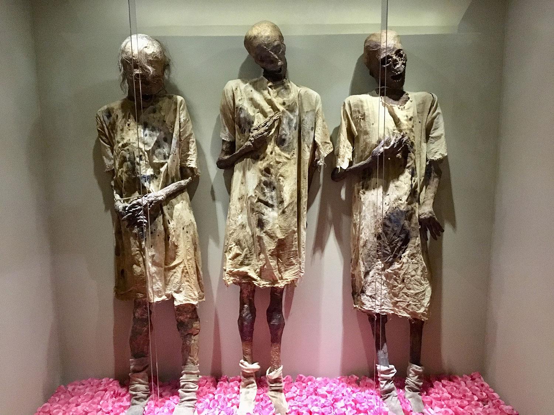 Replicas of Guanajuato's mummies.