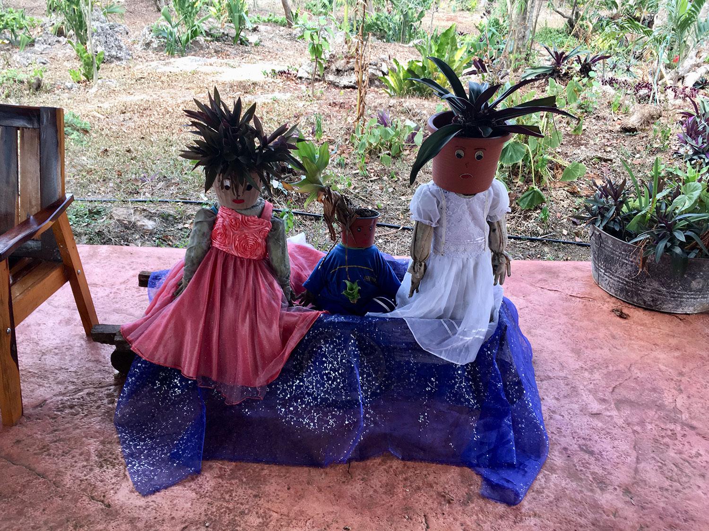 Hammocks_and_Ruins_What_to_Do_Mexico_Mayan_pyramids_cenote_Kikil_28.jpg