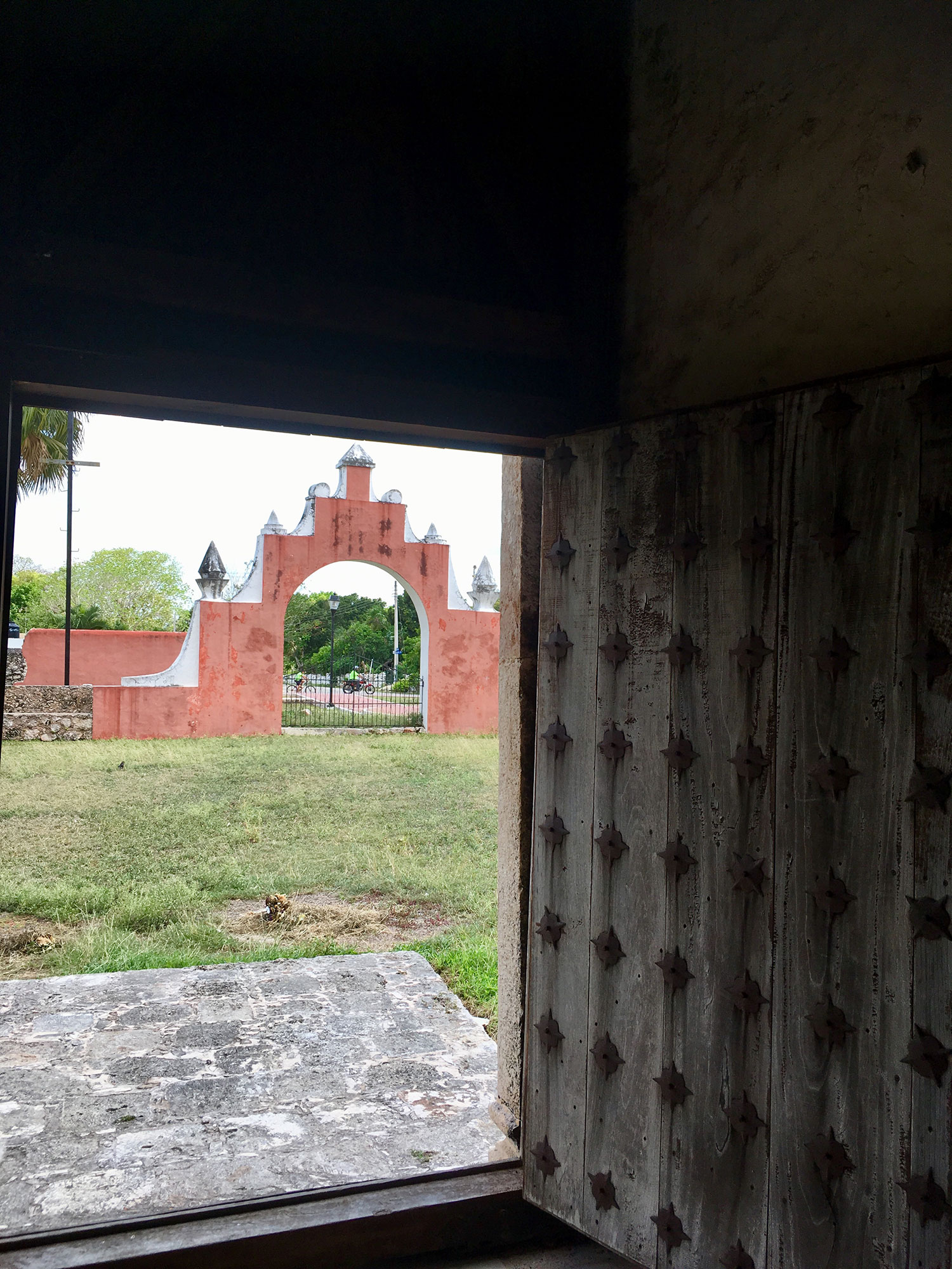 Hammocks_and_Ruins_What_to_Do_Mexico_Mayan_pyramid_town_Uayma_16.jpg