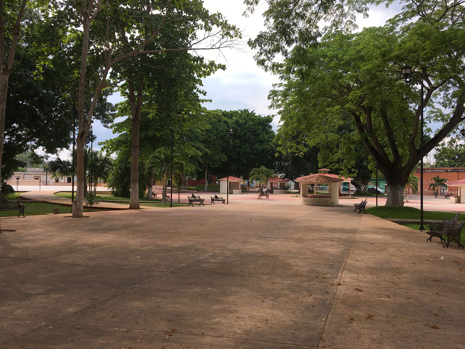 The park/main square in Uayma.