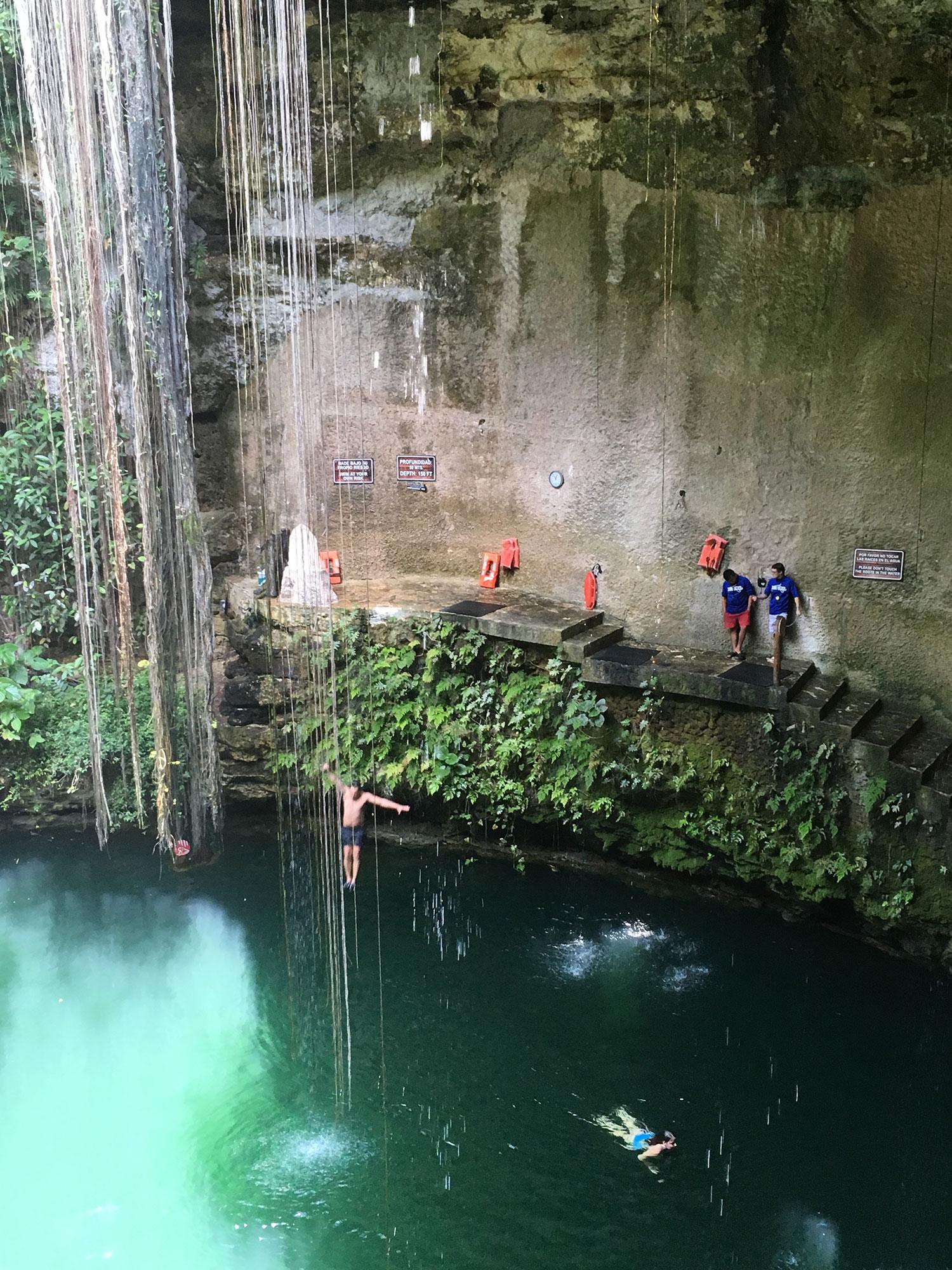Hammocks_and_Ruins_What_to_Do_Mexico_Mayan_pyramid_cenote_Ik_Kil_35.jpg