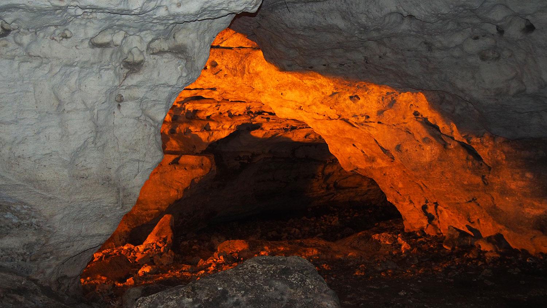 Hammocks_and_Ruins_What_to_Do_Mexico_Mayan_pyramid_cenote_hacienda_Yucatan_cave_Balamkanche_40.jpg