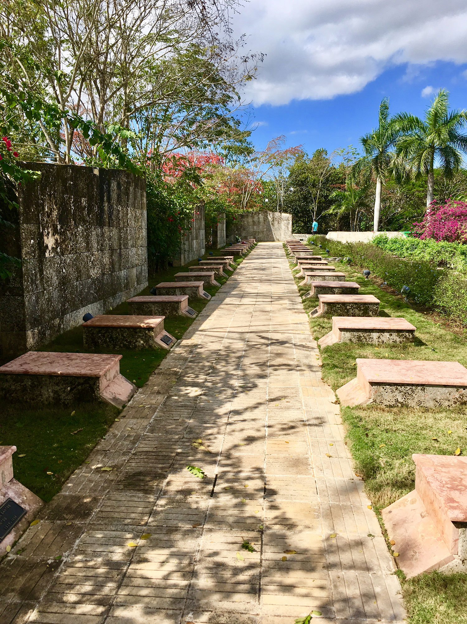 The cemetery of the revolutionary heroes, outside the Mausoleum.