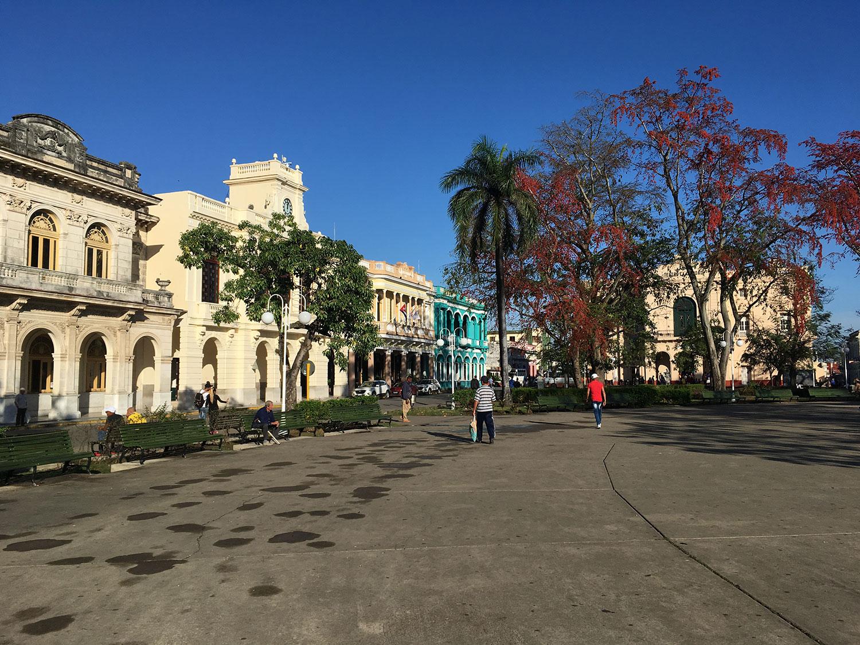 Hammocks_and_Ruins_What_to_Do_Cuba_Havana_island_colonial_town_Santa_Clara_26.jpg