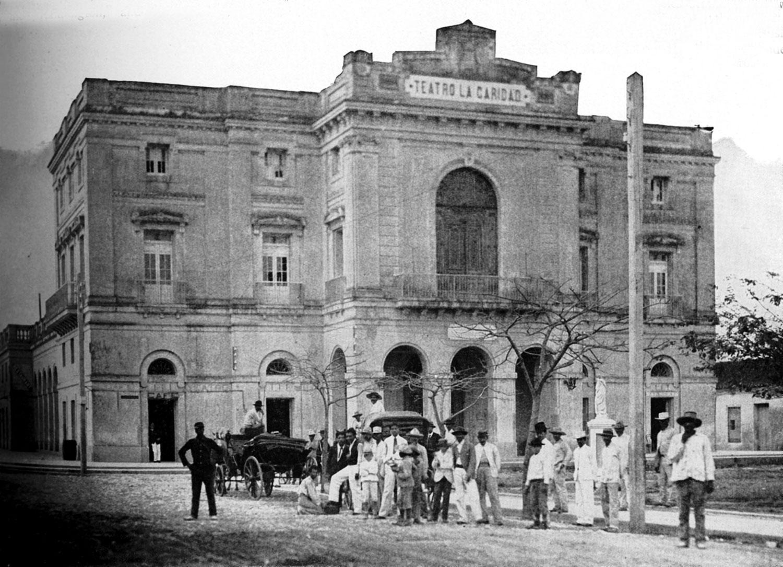 Teatro La Caridad in 1899:  wikipedia.org .