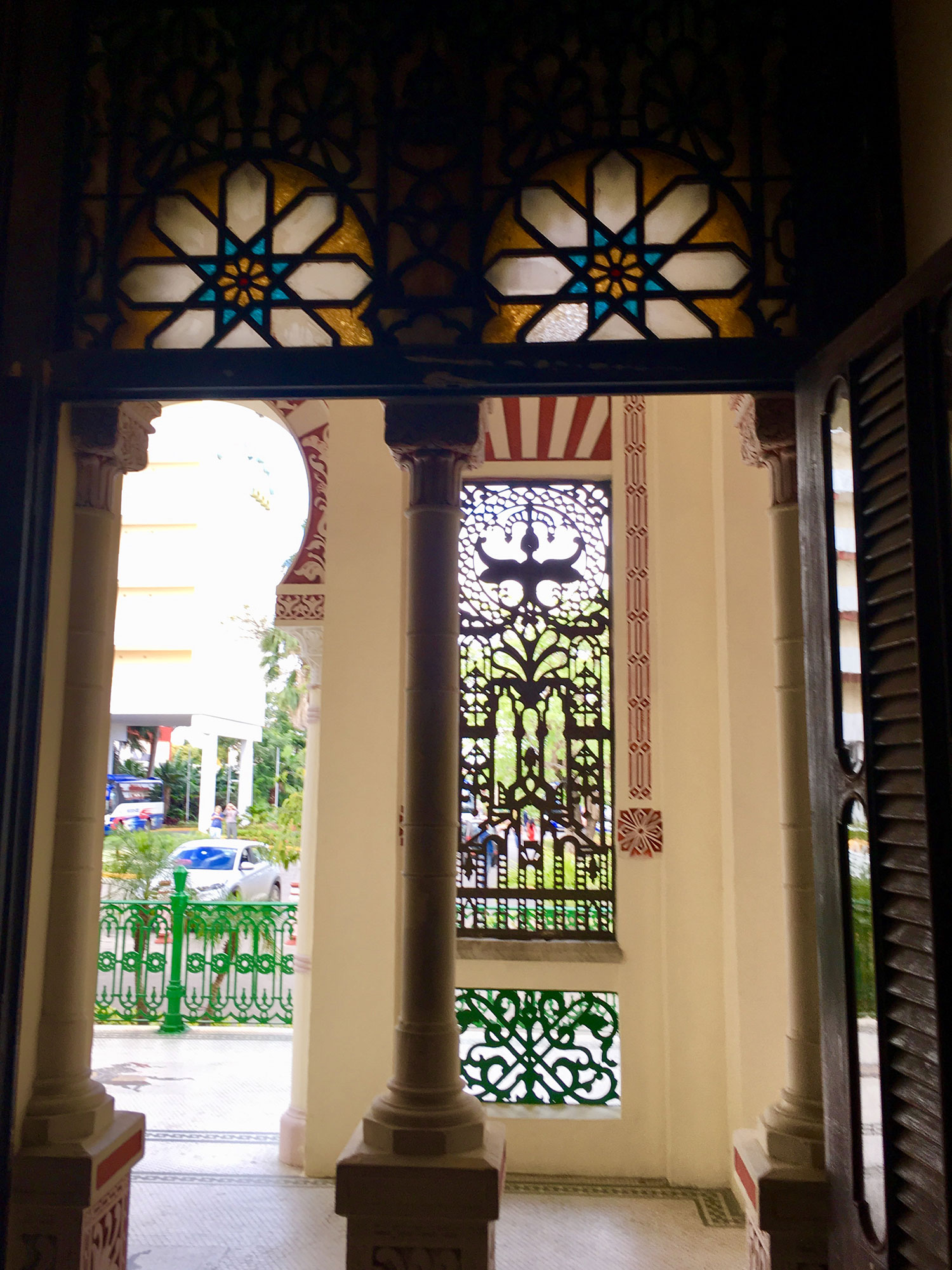 Hammocks_and_Ruins_What_to_Do_Cuba_colonial_sugar_barons_Palacio_deValle_town_Cienfuegos_27.jpg