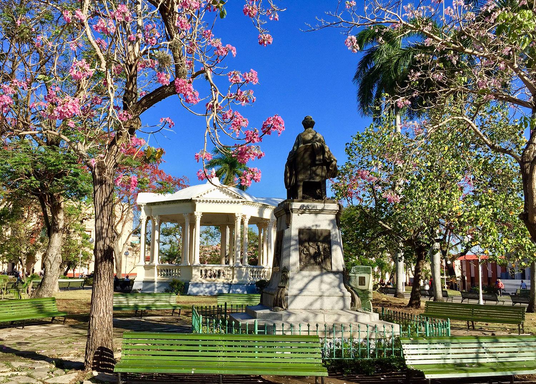 The statue of Marta Abreu.