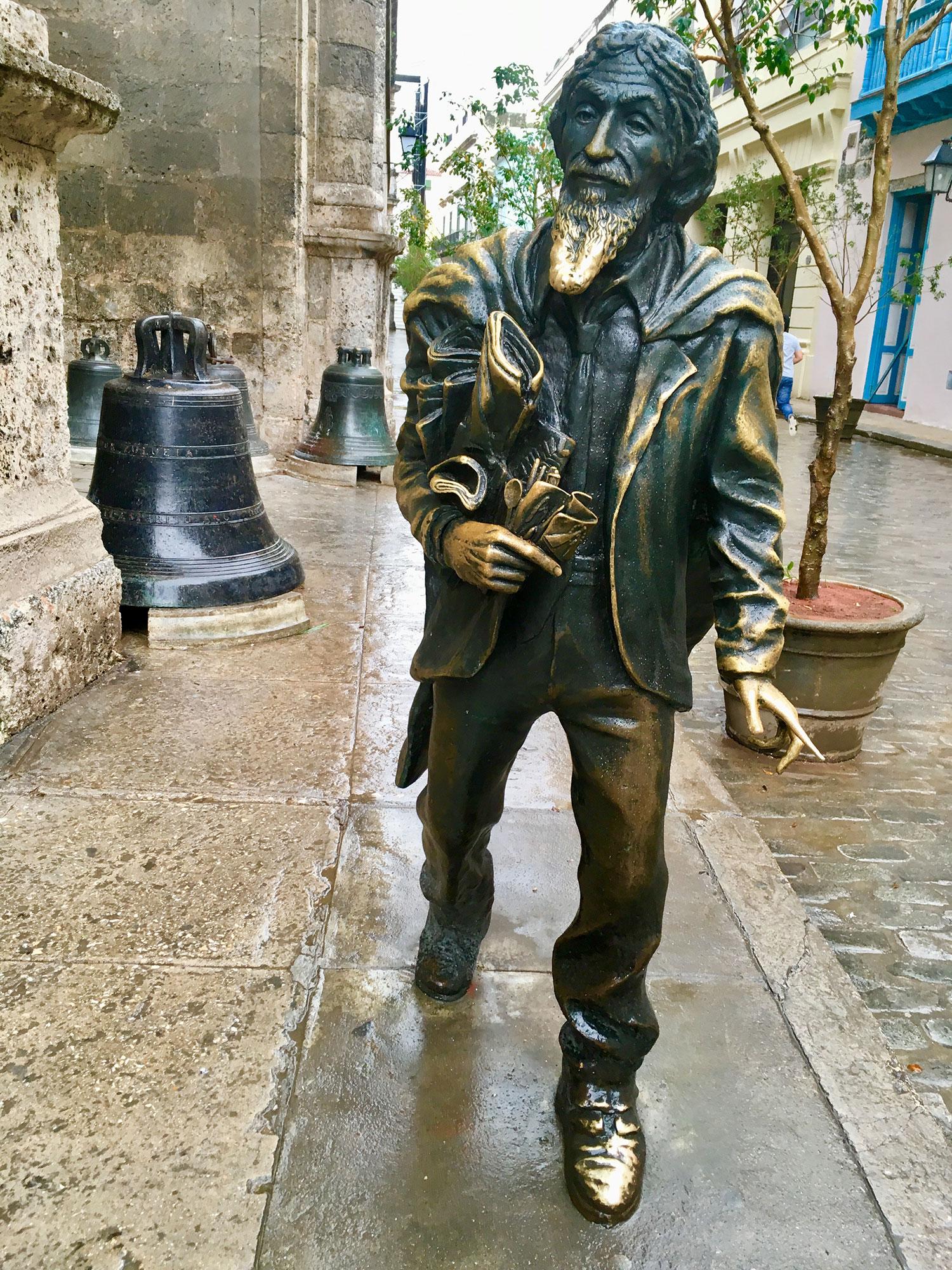 Hammocks_and_Ruins_What_to_Do_Cuba_Havana_island_socialist_101.jpg
