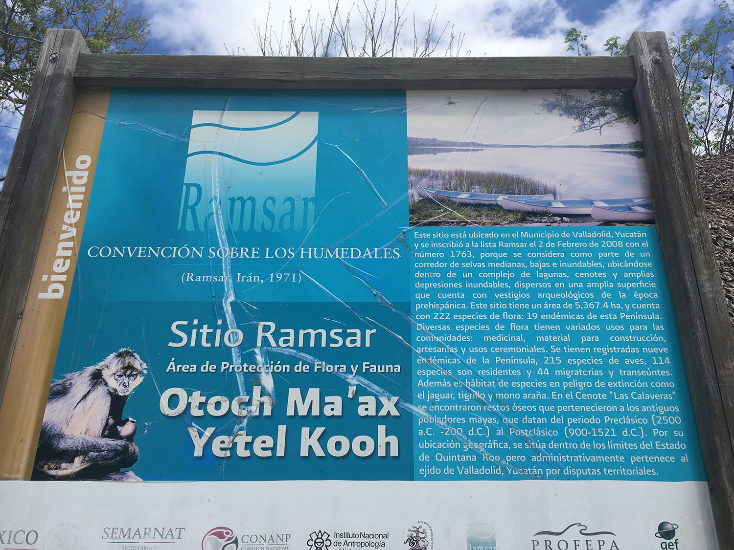 The sign advising that the area is a Ramsar site.