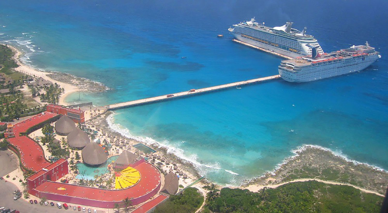 Puerto Costa Maya. Source:  cruisemapper.com .