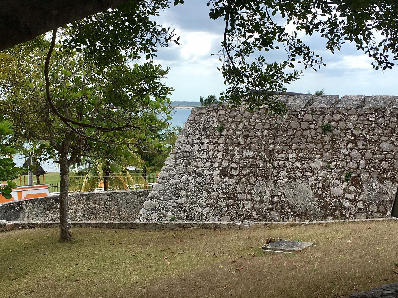 Hammocks_and_Ruins_What_to_Do_Yucatan_Mexico_pyramids_lakes_Maya_19.jpg