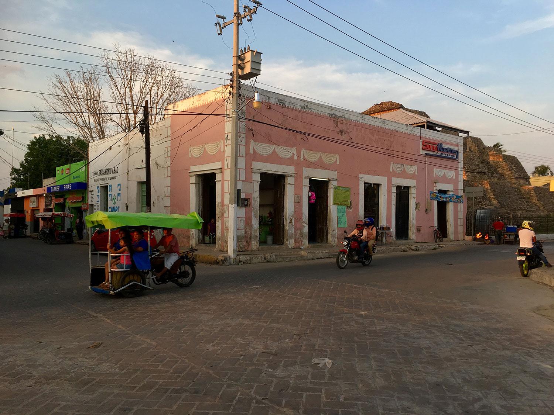 Hammocks_and_Ruins_What_to_Do_Yucatan_Mexico_hacienda_village_town_colonial_pyramid_Maya_9.jpg