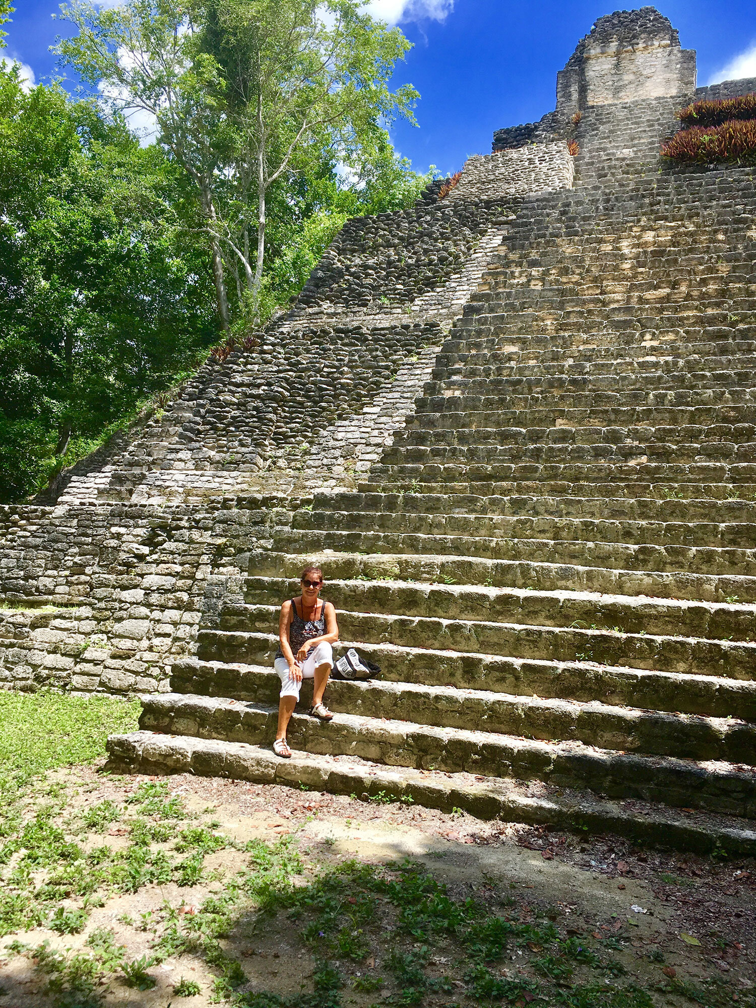 Hammocks_and_Ruins_What_to_Do_Yucatan_Mexico_pyramid_Kinichna_16.jpg
