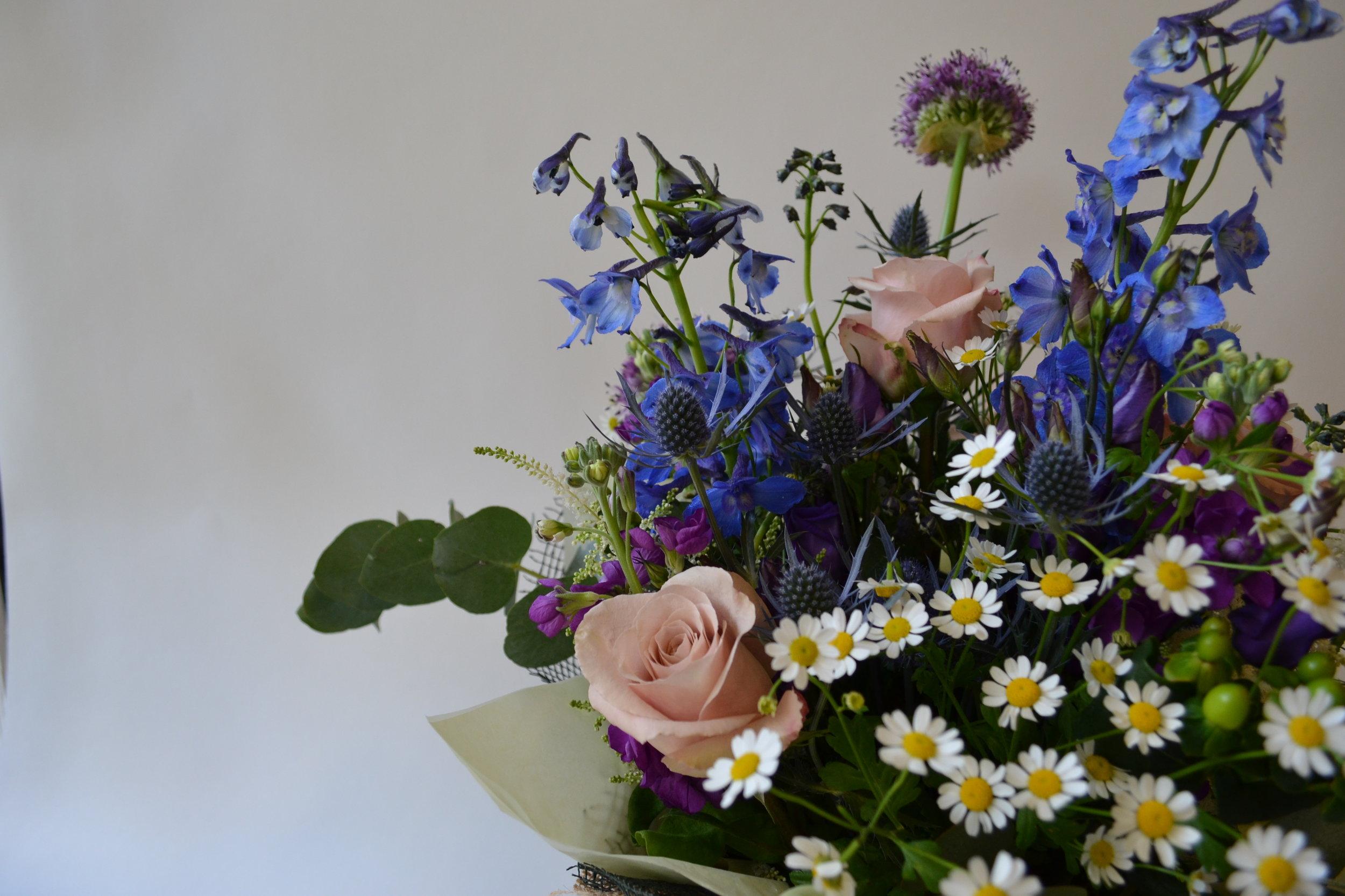 floom_plantology_Peace_Gardens_Delphinium_Rose_Quicksand_Eryngium_3.JPG