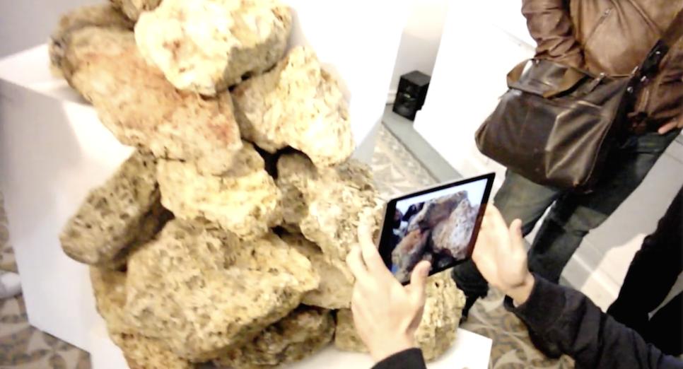 L'irrésistibe ascension / installation de réalité augmentée  Donald Abad