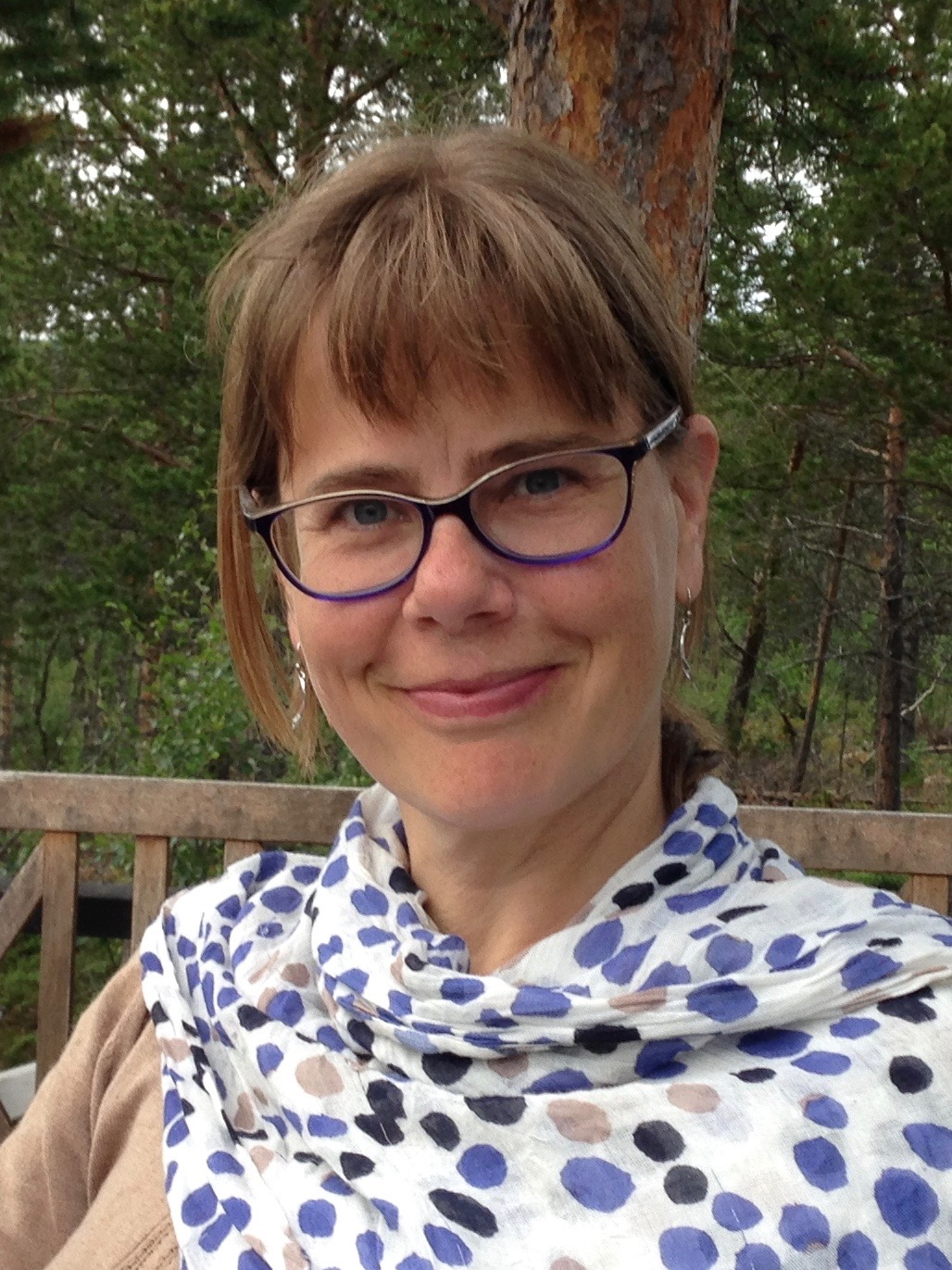 Hanna Slättne - Dramaturg, Facilitator, Theatre Maker