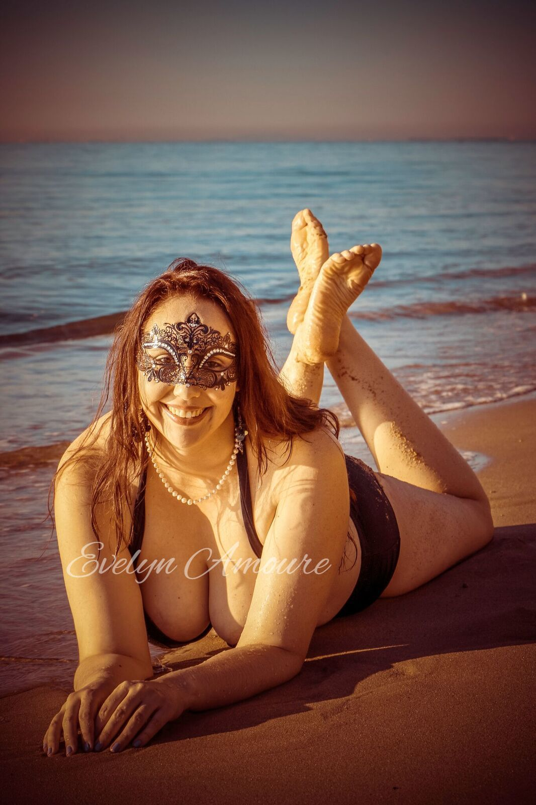 Evelyn Amoure 18.jpg