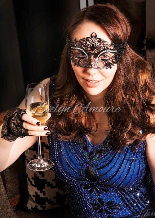 Evelyn Amoure Intimate Photoshoot (13).jpg