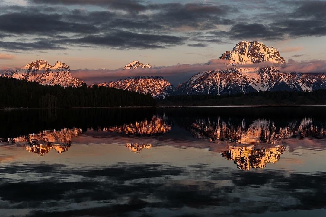Sunrise on Jackson Lake. Those peaks glowed for a few minutes, but well worth it.
