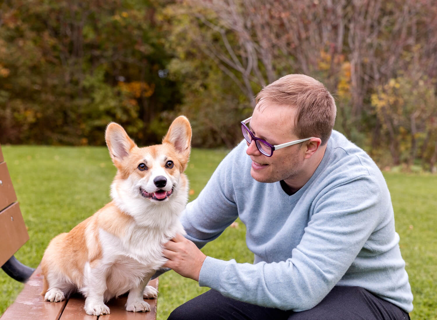 Corgi-dog-and-owner-Earl-bales-park-Photography.jpg