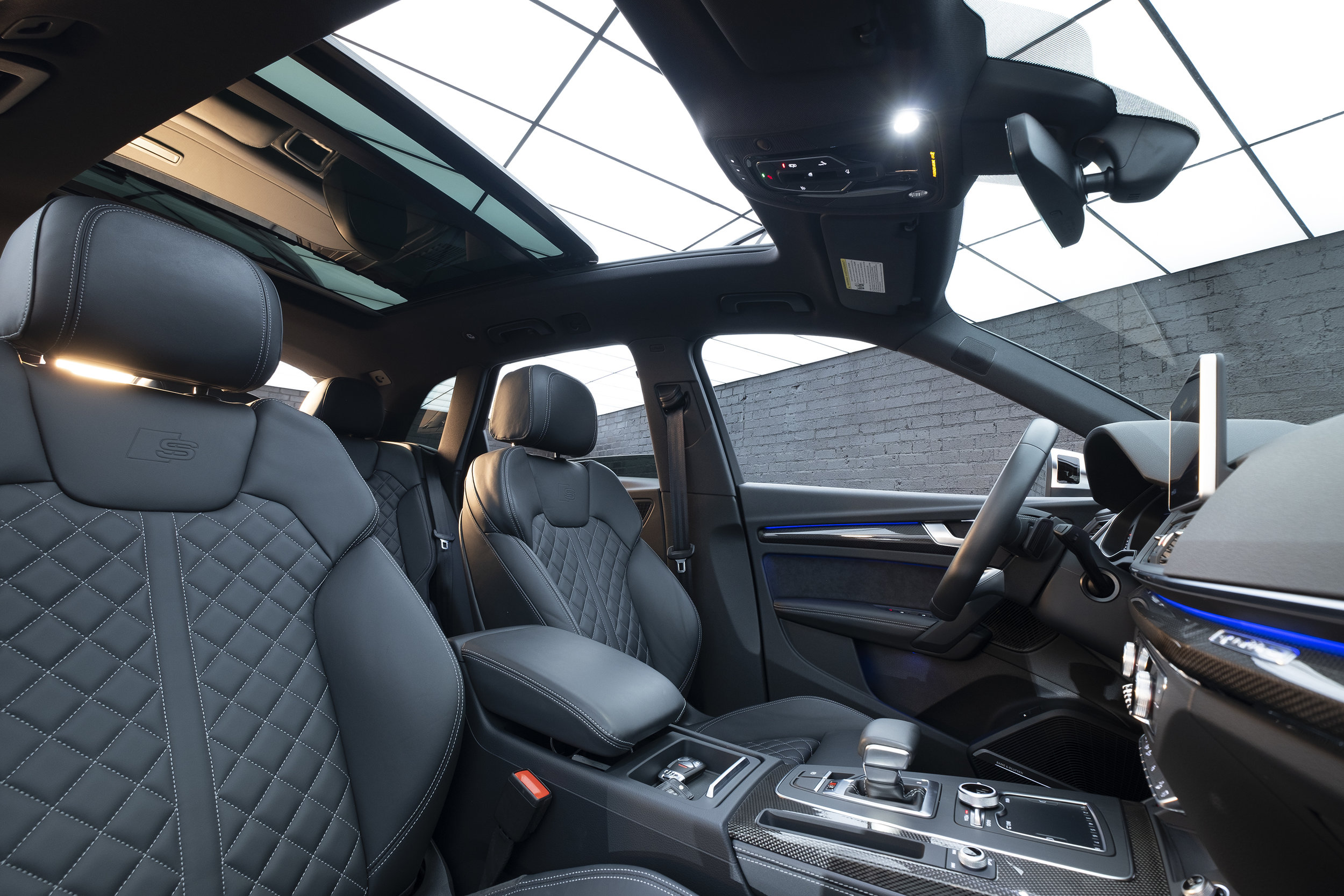 Audi16.jpg