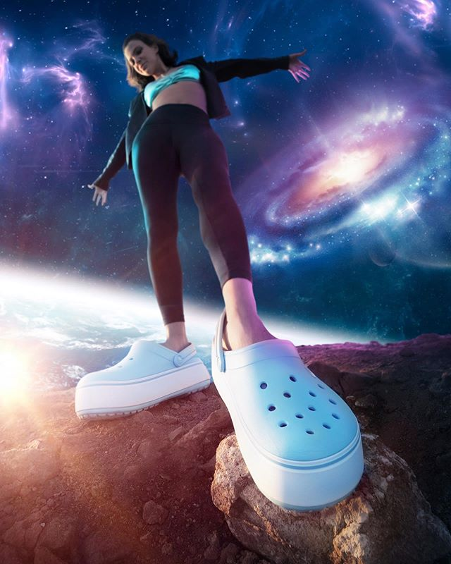 That's one small step for a woman, one GIANT leap for womankind ✨  #nbd just walking in space with my larger than life @Crocs #ad #PlatformCrocs