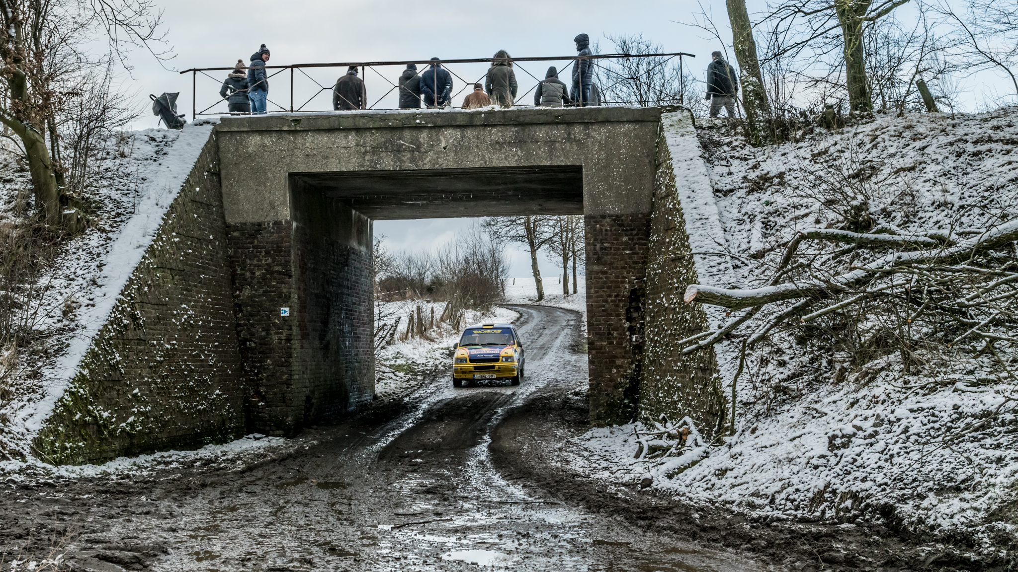 Thierry Neuville and Nicolas Gilsoul in their Opel Corsa