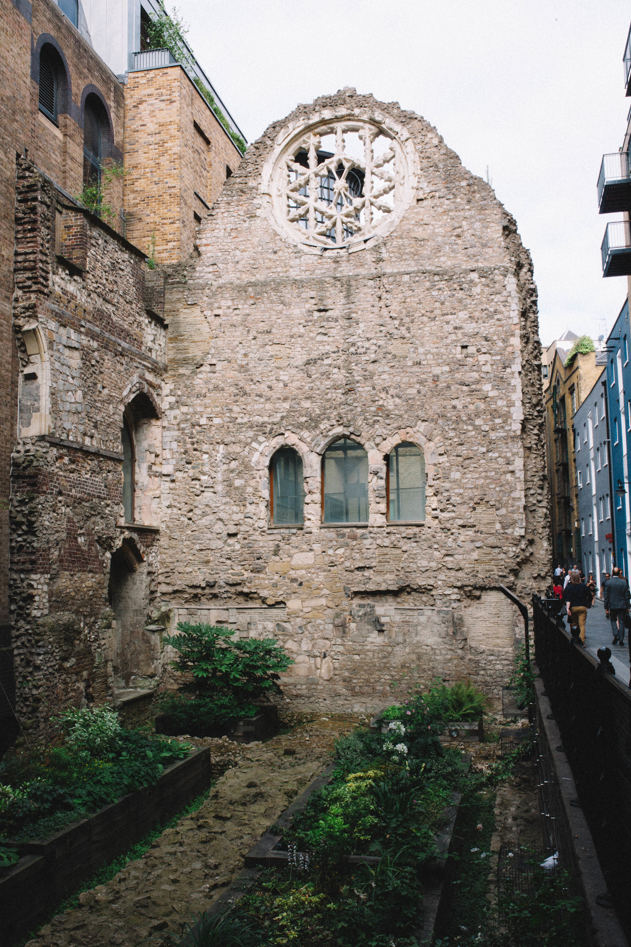 Ruins from somewhere around the 12th century, still standing in London