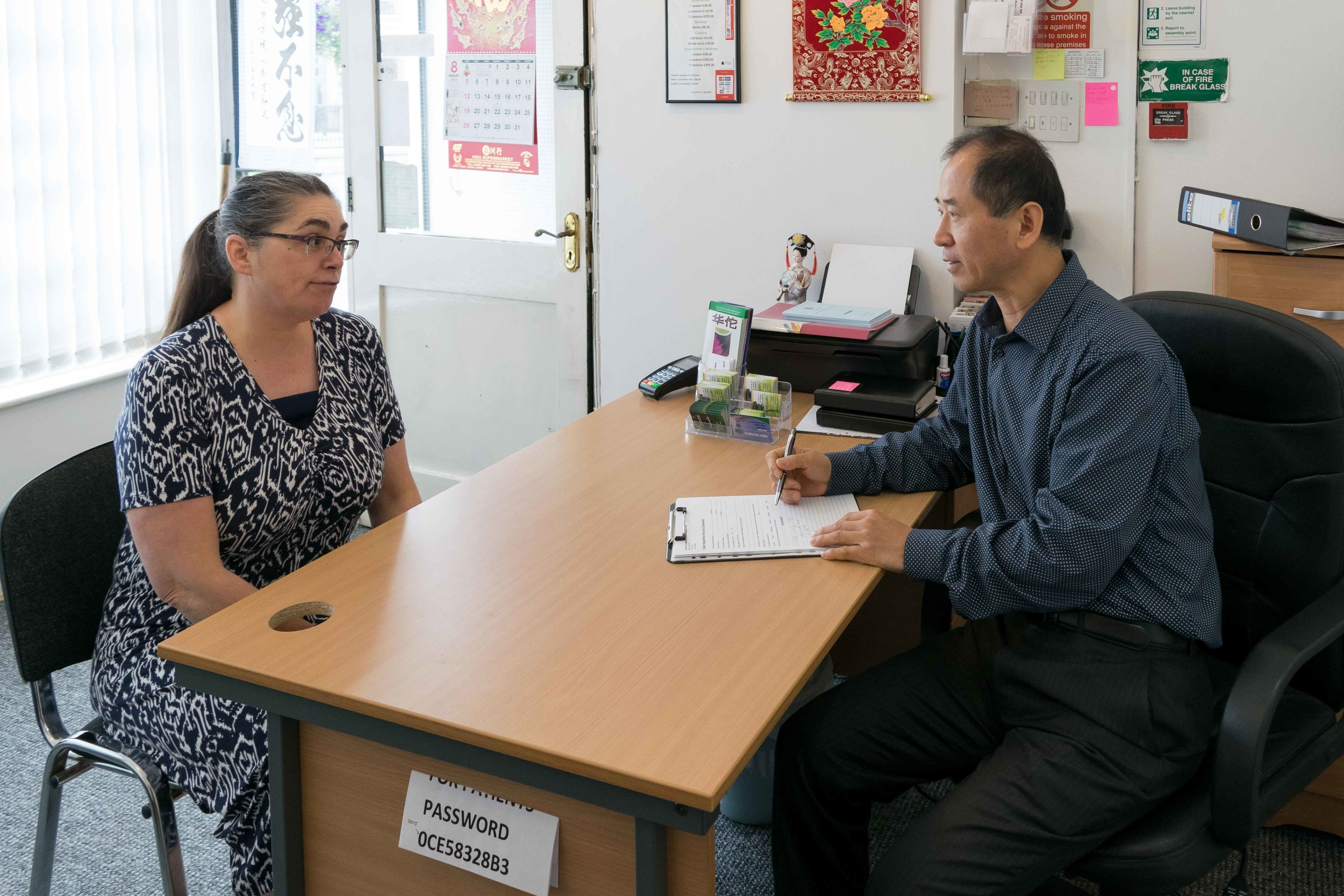 Patient consultation with Dr Shang
