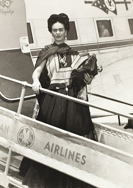 frida-kahlo-ses-photos-2-andre-frere-editions.jpg