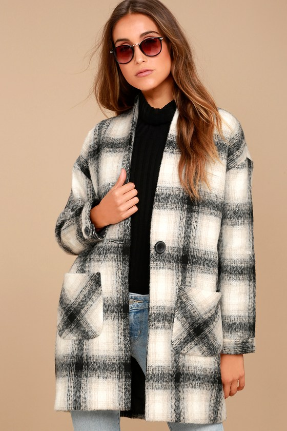 Chic in the City Plaid Coat