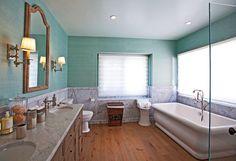 Guest 2 Bath.jpg