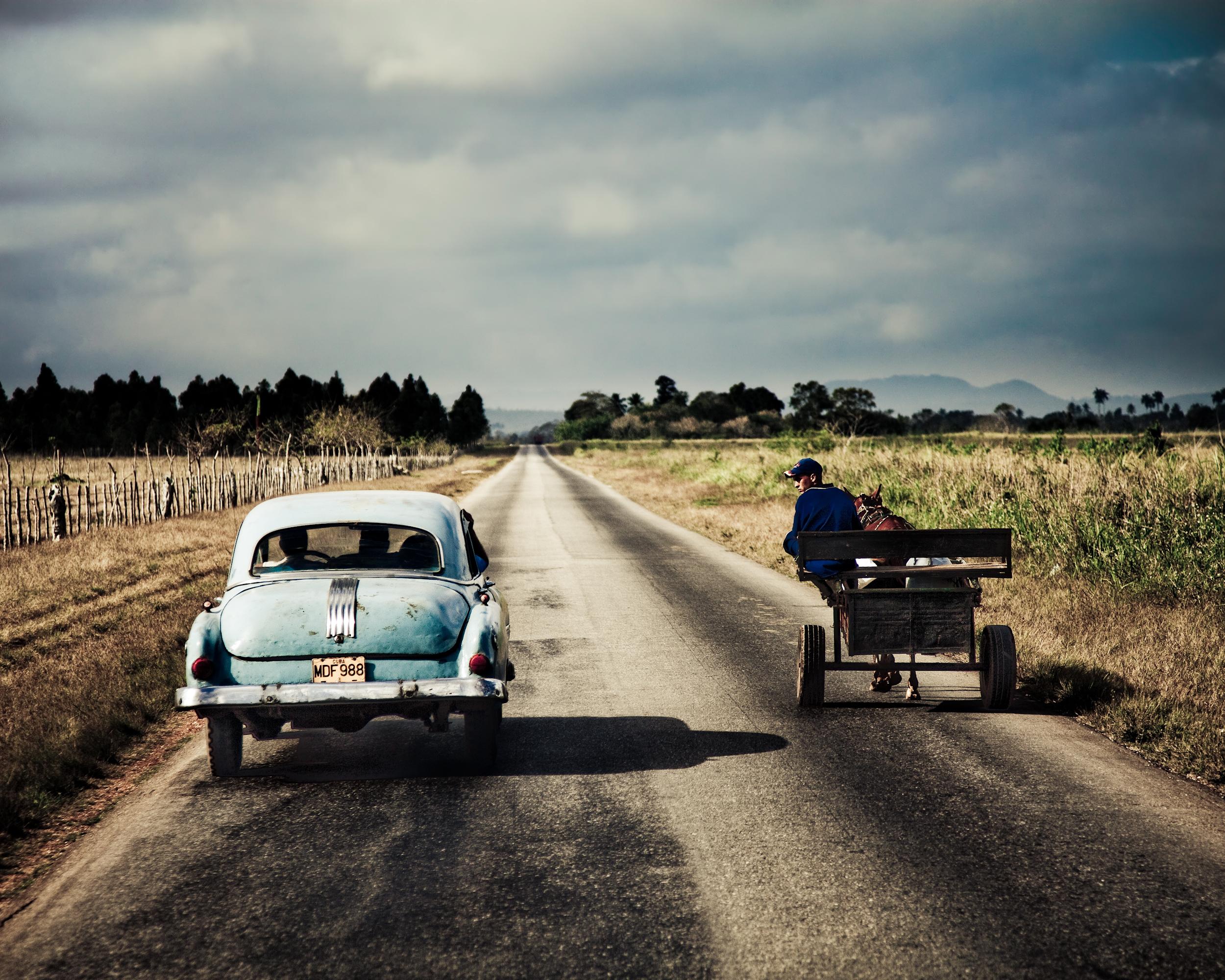 JAMES BRYLOWSKI-CABALLO Y EL CARRO.jpg